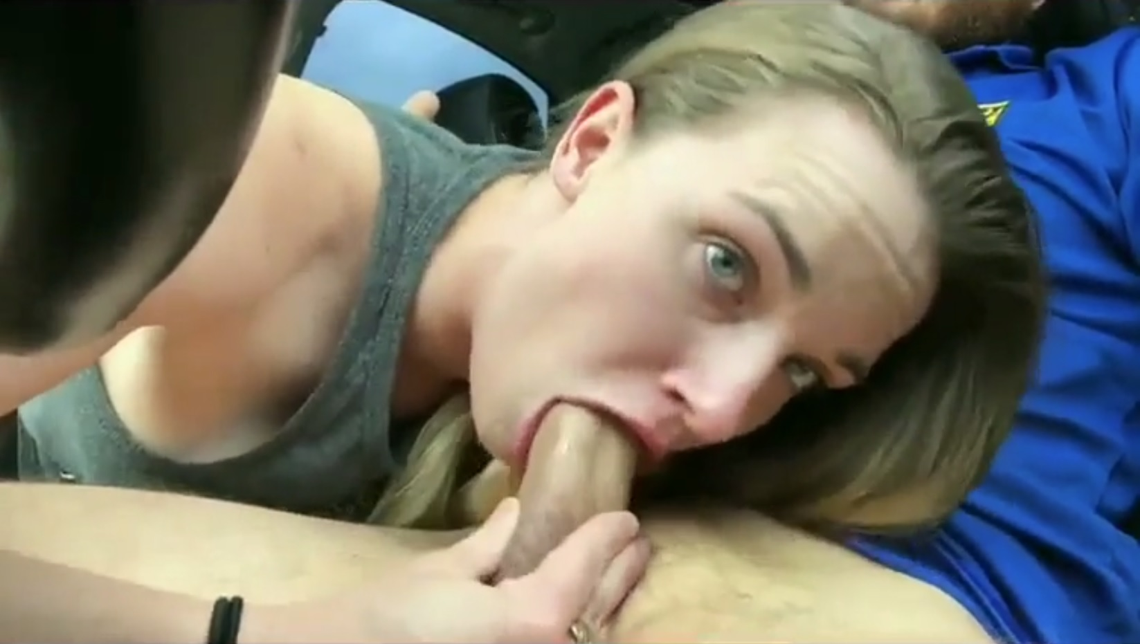 Blowjob  Horny College Girl Gives Perfect Blowjob In Car-7076